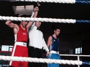 Khaled El-Jarbi besiegt Igor Malowiczko (RUS)