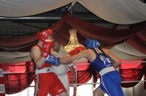 v.l. Sammy Arbaoui, Boxring Düsseldorf und Ramon Engel